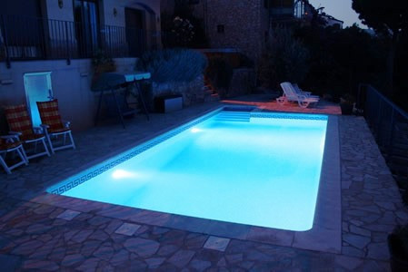 Pool lampen led awesome led lampe flur moderne dekoration for Pool dekoration
